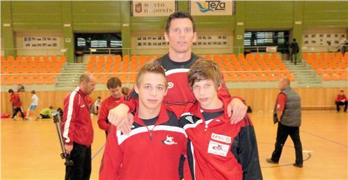 Trainer M.Schindler mit D.Anzengruber & St.Fuchsreiter
